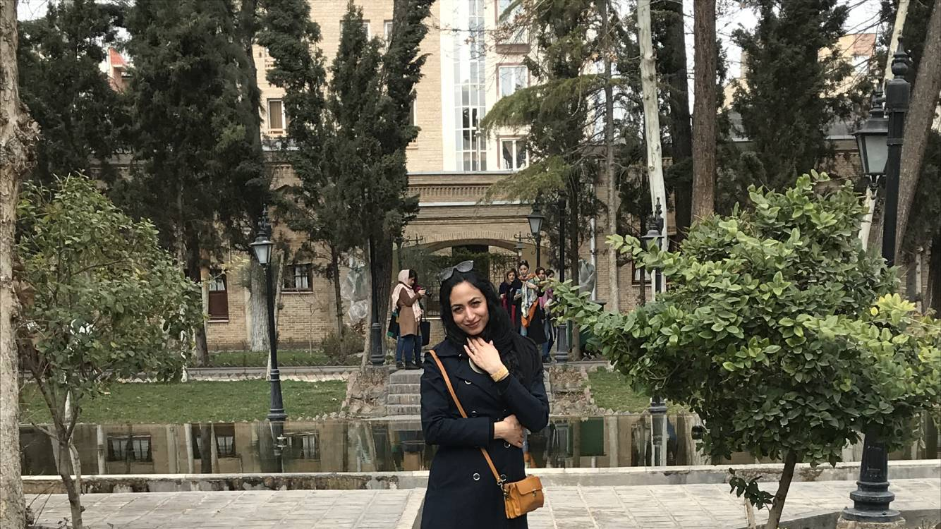 Tehran: Negarestan museum garden and Rouhi