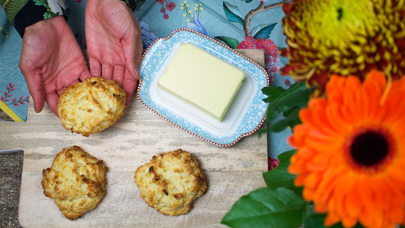 cheesy scones